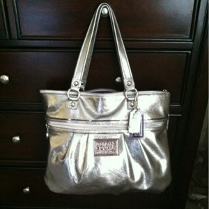 Coach Poppy Metallic Large Tote